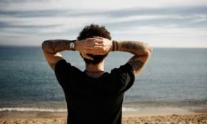 Γιατί δεν πρέπει να κάνετε τατουάζ το καλοκαίρι