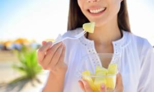 9 τρόποι για να τρώτε σνακ έξυπνα χωρίς να παχαίνετε!