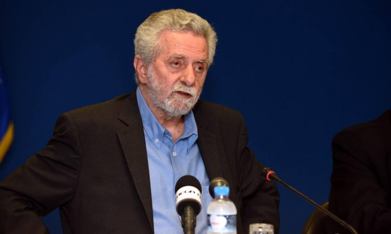 Μείωση στις τιμές των ακτοπλοϊκών εισιτηρίων ανακοίνωσε η Κυβέρνηση