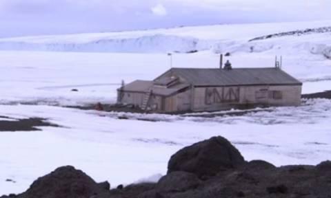 Βρήκαν ένα σπίτι στην... άκρη της Γης, στην Ανταρκτική και δείτε τι είδαν μέσα!