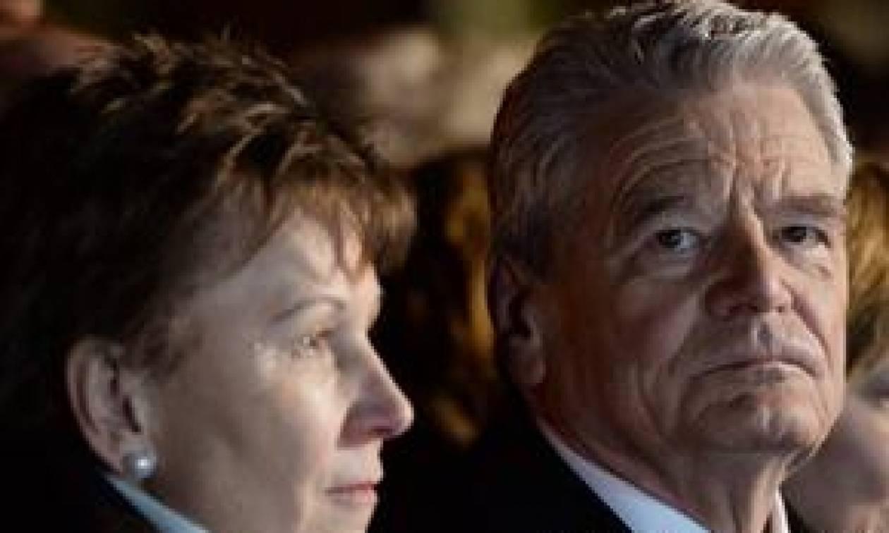 «Ο Γκάουκ έδειξε μια σαφή στάση» για τις γερμανικές αποζημιώσεις