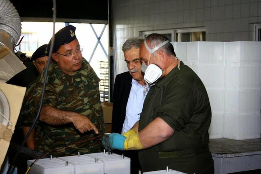 Περιοδεία του ΥΦΕΘΑ Νίκου Τόσκα σε στρατιωτικές μονάδες (pics)