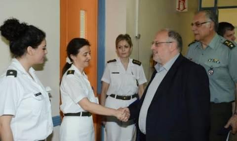 Ο ΑΝΥΕΘΑ Κώστας Ήσυχος στο στρατιωτικό νοσοκομείο 401(pics)