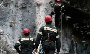 Κρήτη: Επιχείρηση διάσωσης 67χρονου που έπεσε σε φαράγγι