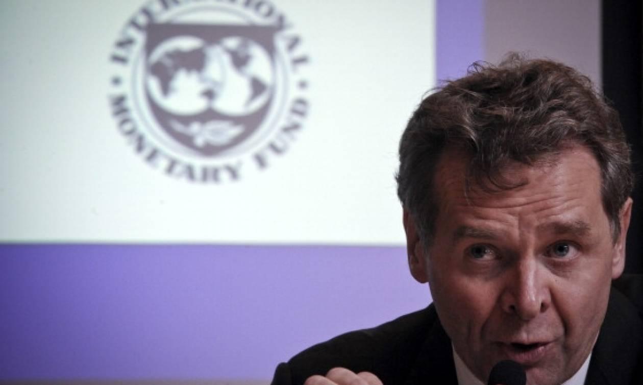 Financial Times: Το ΔΝΤ ζητά μείωση του ελληνικού χρέους για να γίνει βιώσιμο