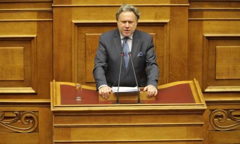 Αντιπαράθεση στη Βουλή με αφορμή το νομοσχέδιο για τη δημόσια διοίκηση