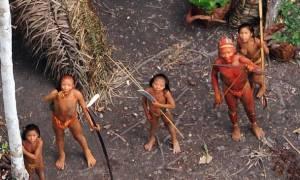 Περού: Ιθαγενής σκότωσε με βέλος 20χρονο χωρικό