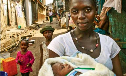 Save the Children: Tα παιδιά στις φτωχογειτονιές κινδυνεύουν