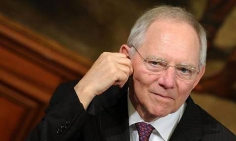 Διάψευση Σόιμπλε ότι το ΔΝΤ ζήτησε ελάφρυνση του ελληνικού χρέους