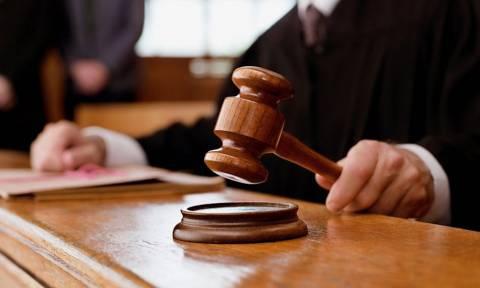 Ελεύθερος ο επιχειρηματίας που είχε συλληφθεί για μη καταβολή δεδουλευμένων
