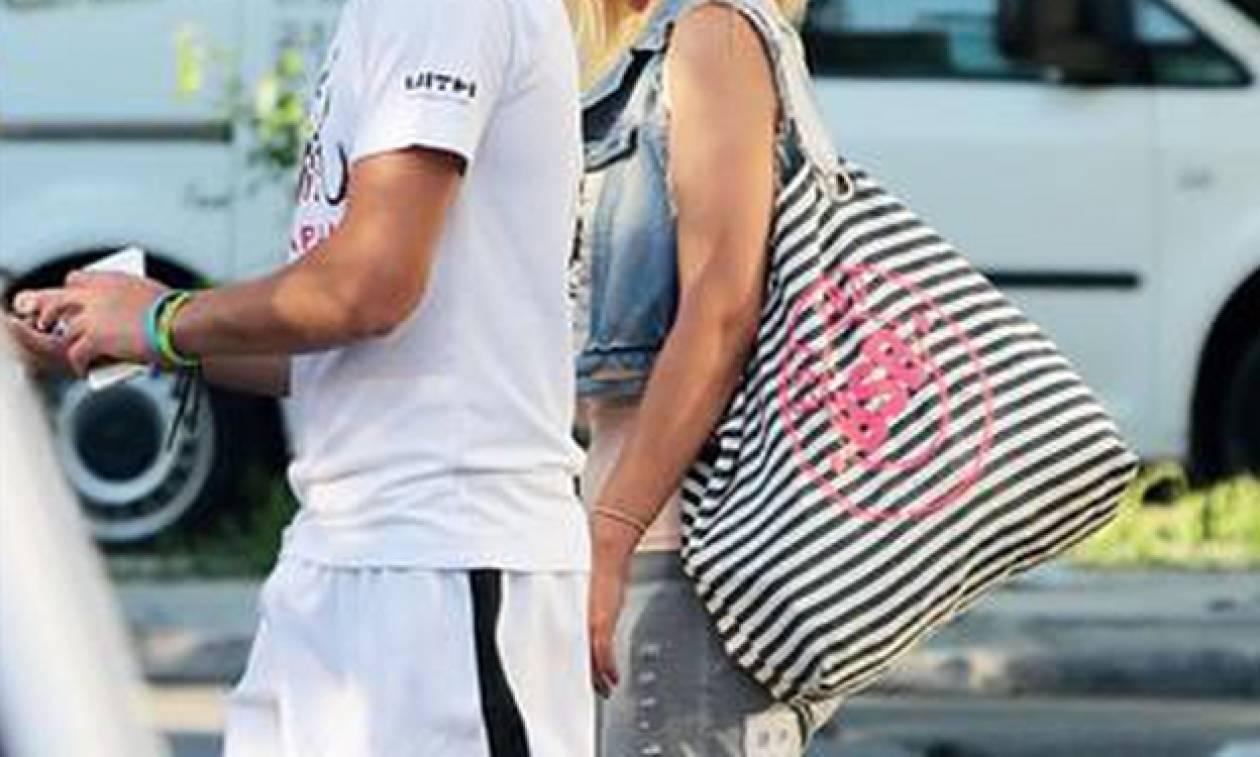 To νέο ζευγάρι της ελληνικής showbiz - Οι πρώτες του κοινές φωτογραφίες