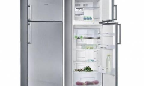Αυτό είναι το μαγικό κόλπο για να καθαρίσετε το ίνοξ ψυγείο