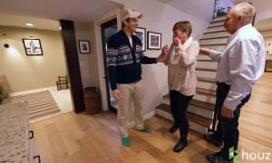 Η συγκινητική έκπληξη του Άστον Κούτσερ στη μητέρα του (video & pics)