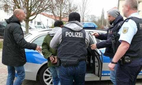 Γερμανία: Σύλληψη μελών εγκληματικής οργάνωσης που διακινούσε μετανάστες