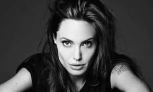 Αυτή είναι η θεραπεία που κάνει την επιδερμίδα της Angelina Jolie τόσο λαμπερή!