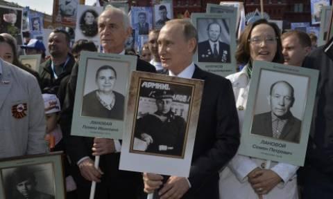 Πούτιν: Ο πατέρας μου ήταν ένας απλός στρατιώτης