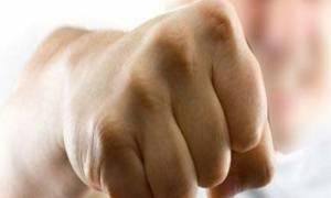 Χανιά: Τρεις συλλήψεις για τον ξυλοδαρμό επιχειρηματία από κρατούμενο