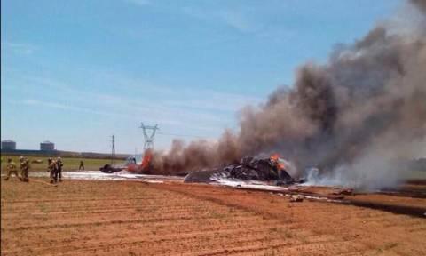 Τουλάχιστον τέσσερις νεκροί από τη συντριβή στρατιωτικού αεροσκάφους στη Σεβίλλη