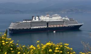 Ηράκλειο: Περίπου 3000 τουρίστες έφθασαν στο λιμάνι με δύο κρουαζιερόπλοια