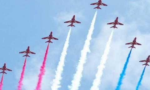 Βρετανία: Οι τελευταίοι εορτασμοί για τα 70 χρόνια από τη νίκη των Συμμάχων (video)