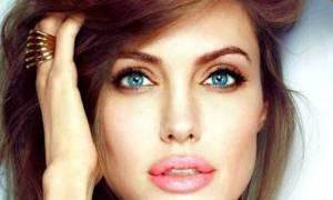 Τα μυστικά της Angelina Jolie για αψεγάδιαστη επιδερμίδα αποκαλύφτηκαν!