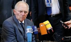 Προκλητικός ο Σόιμπλε – «Τινάζει στον αέρα» το Eurogroup πριν καλά – καλά ξεκινήσει (vid)
