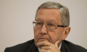 Ρέγκλινγκ: Καλωσόρισε την πρόοδο-Ζήτησε επιτάχυνση των διαδικασιών