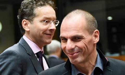 Ξένος Τύπος για το Eurogroup: Έπαινοι και πιέσεις