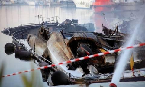 Πυρκαγιά και βύθιση τουριστικού σκάφους στην Κεφαλονιά
