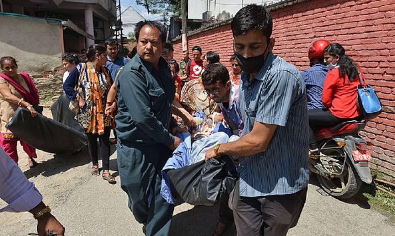 Βίντεο: Η στιγμή του νέου ισχυρού σεισμού στο Νεπάλ