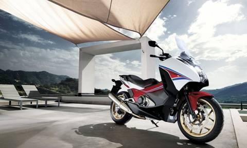 Honda Integra 750 - THE SCOOTERCYCLE