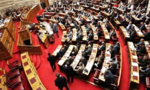 Βουλή: Ψηφίστηκαν τα άρθρα και οι τροπολογίες του νομοσχεδίου για την Παιδεία
