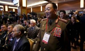 Β. Κορέα: O υπουργός Άμυνας αποκοιμήθηκε… και τον εκτέλεσαν για προδοσία!