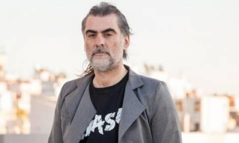 Ο Φίλιππος Πλιάτσικας στις Συναντήσεις Με Μουσικούς στο Café του Ιανού
