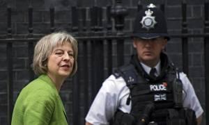 Μεταναστευτικό: Κόντρα Βρετανίας και Ε.Ε.