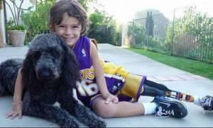Αυτός ο 9χρονος είναι πηγή έμπνευσης για όλους μας! Δείτε για ποιο λόγο