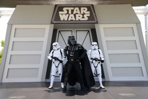 6.000 θεατές έσπευσαν να φωτογραφηθούν με τον Darth Vader!