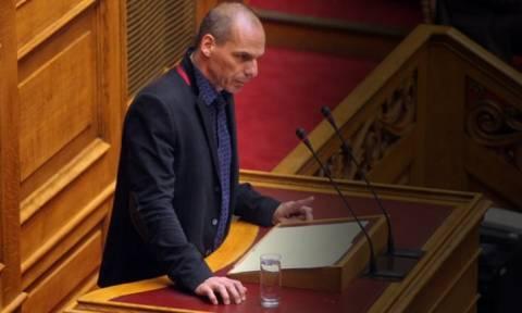 Live streaming: Ο Βαρουφάκης απαντά σε επίκαιρες ερωτήσεις στη Βουλή
