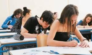 Πανελλήνιες 2015: Απαντήσεις SOS θεμάτων στη Λογοτεχνία Θεωρητικής Κατεύθυνσης
