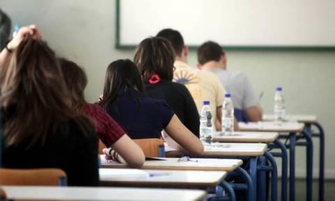 Πανελλήνιες 2015: Με το μάθημα της Γλώσσας ξεκινούν τη Δευτέρα 18 Μαΐου οι εξετάσεις