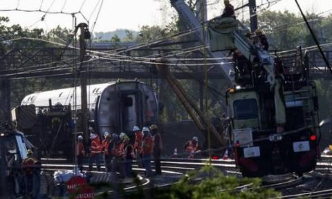 ΗΠΑ: Στους οκτώ οι νεκροί του σιδηροδρομικού δυστυχήματος στη Φιλαδέλφεια