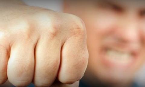 Βόλος: 29χρονος χτύπησε κι εγκατέλειψε την εν διαστάσει σύζυγό του
