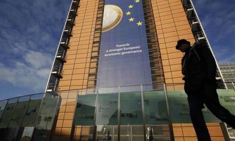 Nέα τηλεδιάσκεψη σήμερα: Το Σάββατο η διαπραγματευτική ομάδα στις Βρυξέλλες