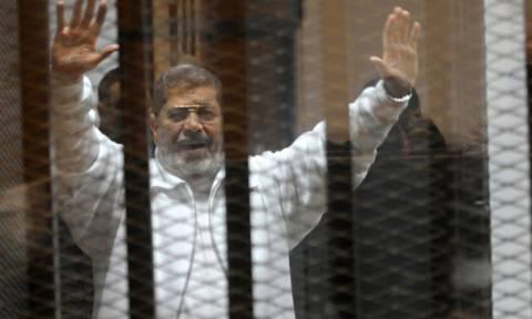Διεθνής κατακραυγή για την ποινή θανάτου στον Μοχάμεντ Μόρσι