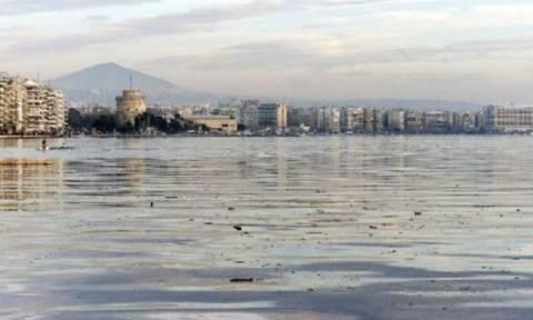 Θεσσαλονίκη: Άρχισε ο καθαρισμός του Θερμαϊκού