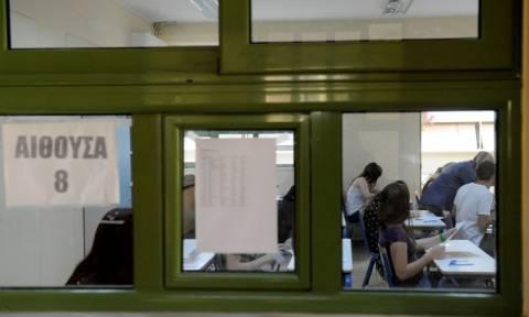 Πανελλήνιες Εξετάσεις 2015: Ομαλά εξελίσσεται η διαδικασία στην Πελοπόννησο