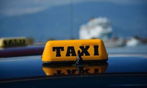 Χειροπέδες σε εννέα οδηγούς ταξί