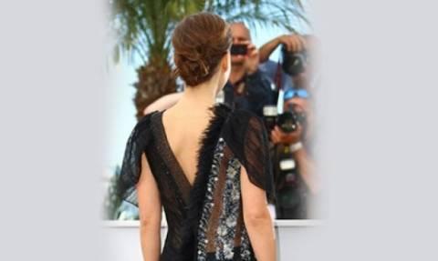Πάει και αυτή: Η πιο ντροπαλή σταρ του Hollywood προκάλεσε με τη «διάφανη» παρουσία της