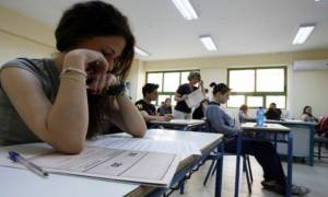 Πανελλήνιες 2015: Με το μάθημα της Νεοελληνικής Γλώσσα ξεκινούν οι εξετάσεις στα ΕΠΑΛ