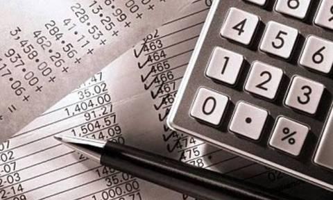 Δυο συντελεστές ΦΠΑ μελετά η κυβέρνηση